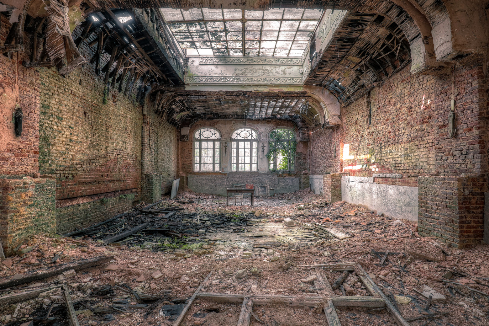 Grand Hotel Series Of Decay Lost Place Online Shop